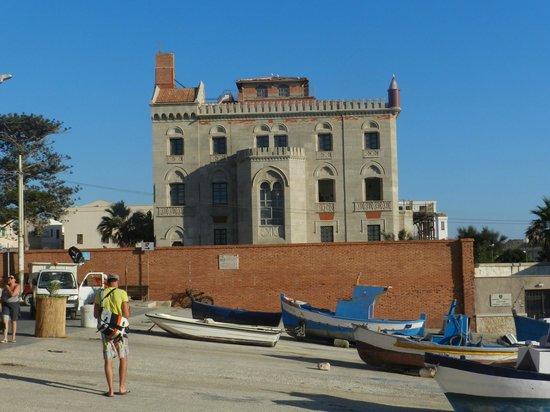 Palazzo Florio : Vista dal porto