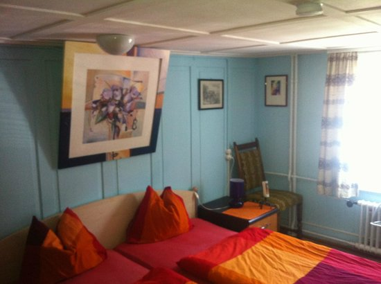 Einsiedeln, Suiza: Doppelzimmer zur Einzelbenützung