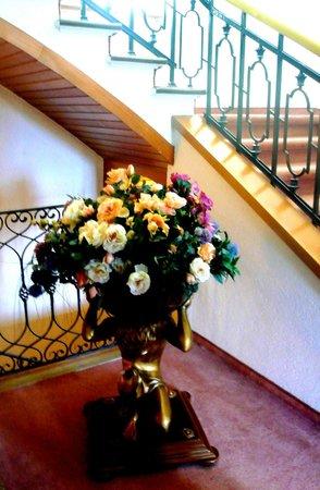 Vier Jahreszeiten Berchtesgaden: fiori in hotel