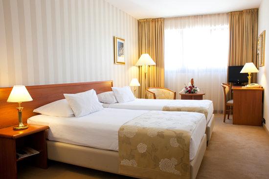 Hotel Globo, hoteles en Split