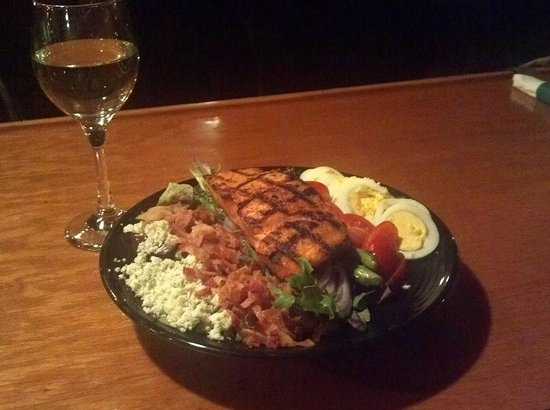 Portside Grill: Grilled salmon Cobb Salad...one of our lunch specials