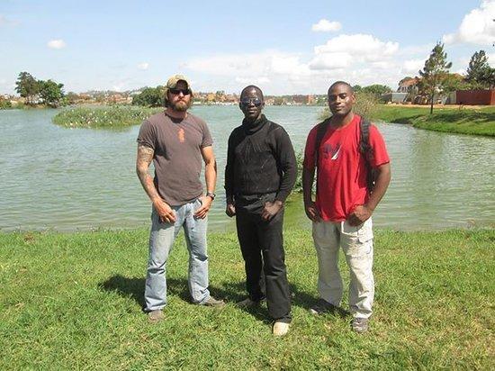 Kampala Boda Boda City Tours: Visiting the Kings lake.