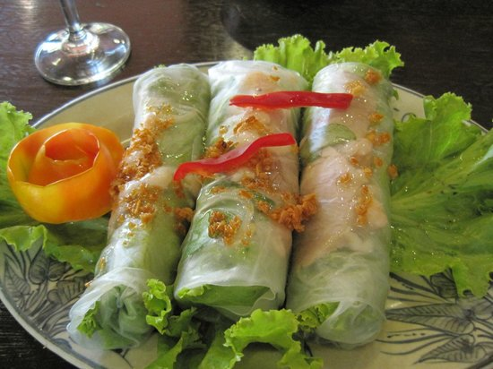 Angkor Village Hotel: Wonderful salad rolls served any time of day.