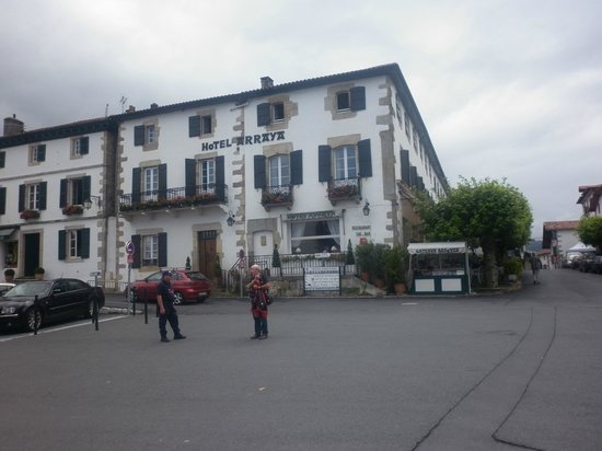 Hôtel-Restaurant Arraya : le restaurant