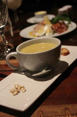 La Plaine St. Andre: Punkin Coconut soup