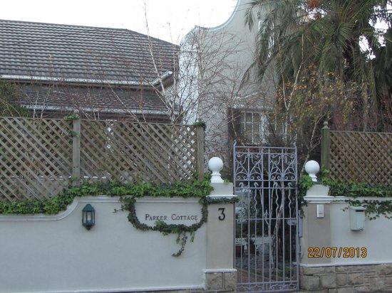 Parker Cottage: front gate