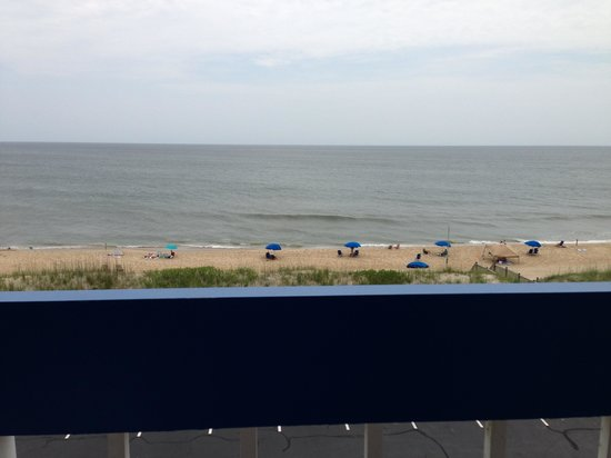Holiday Inn Express Nags Head Oceanfront: View from oceanfront room