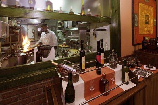 Hotel Charles: Restaurant
