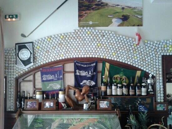 Restaurante Cataplana : golf wall