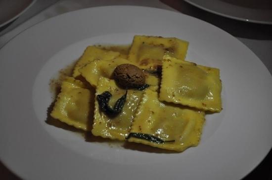 Ristorante & Wine Bar dei Frescobaldi : food was poor & pricy...