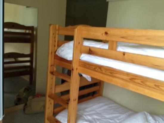 Reix Hotel : lits superposés.