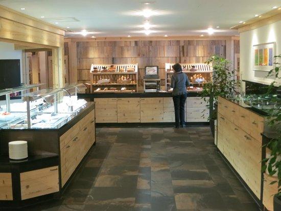 ERMITAGE Wellness- & Spa-Hotel: Frühstückbuffet