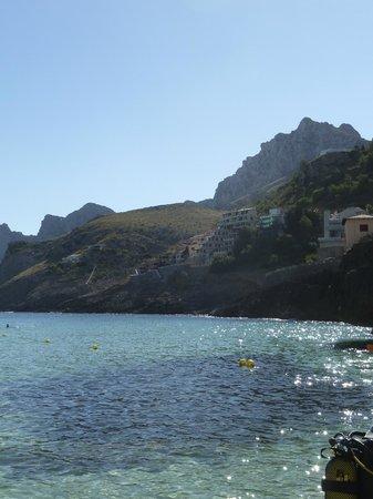 Hotel Cala Sant Vicenc: Vue plage