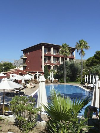 Hotel Cala Sant Vicenc: Piscine