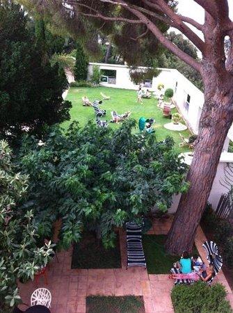 Der Jardin cubiste bei der Villa Noailles. - Bild von Villa Noailles ...