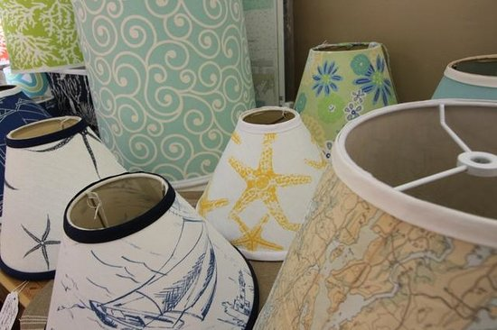 Cottage Decor: Great lampshades