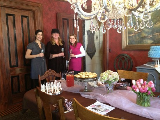 The Historic Homestead: Enjoy and upscale bachelorette party at The Homestead!