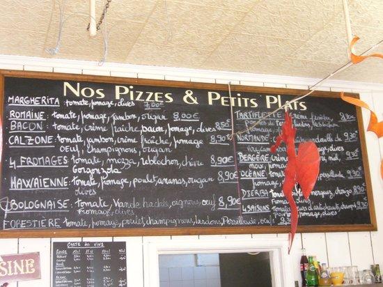 Saint-Aubin-Sur-Mer, France : tableau des pizza