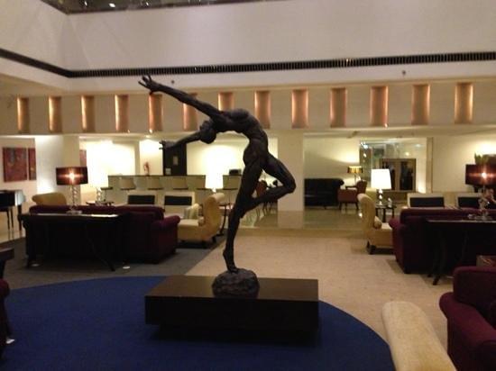 โรงแรมแกรนด์เคมาง: Hotel Lobby