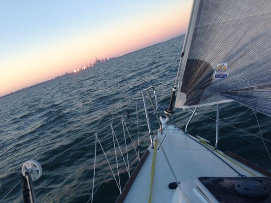Cerulean Adventures Sailing Yacht Charters: Sailing Lake Ontario Sunday, August 4, 2013