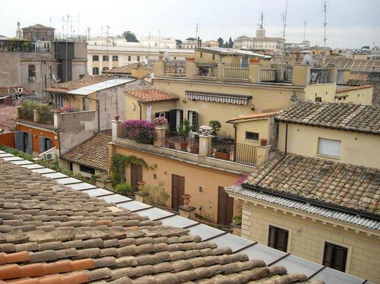 Daniel's Hotel: Вид на крыши Рима из ресторана