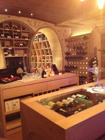 Hotel la Cacciatora Wellness & Beauty: La cantina