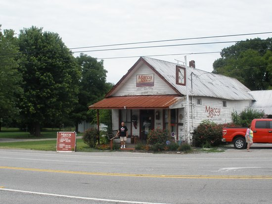 Colombia, TN: Marcy Jo's Mealhouse