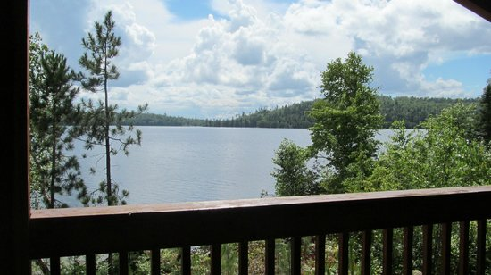 Beauchene Wilderness Lodge: View of the lake from our cabin