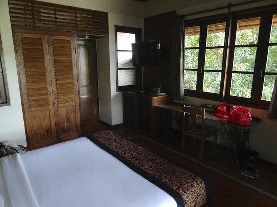 Omah Apik: Chambre très confortable