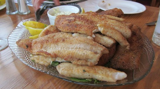 Beauchene Wilderness Lodge: Our walleye and trout that were prepared for us