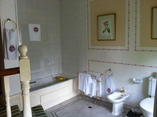 The K Club: Bathroom