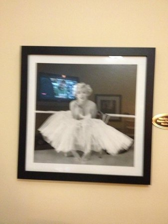 The Hotel Hollywood: marilyn monroe room 306