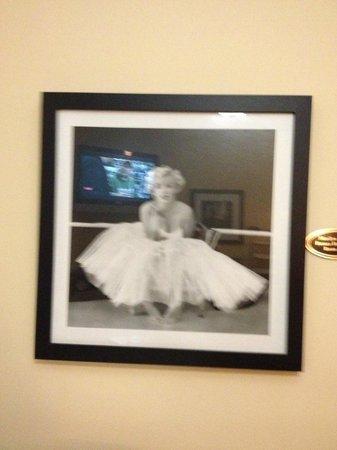 The Hotel Hollywood: marilyn monroe room 306