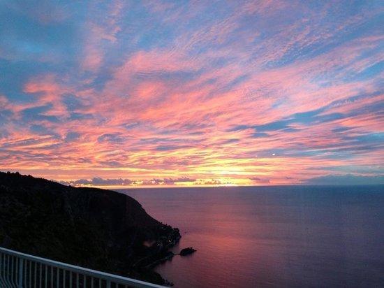 Bella Vista: Un lever de soleil incroyable