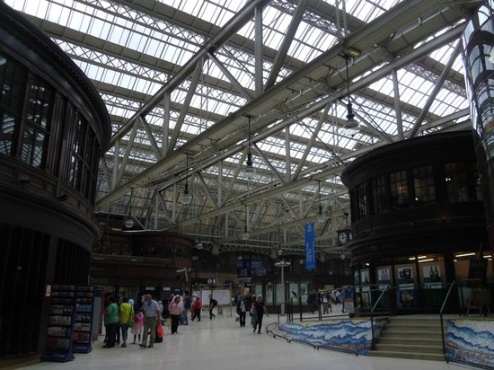 Grand Central Hotel: Interno della stazione