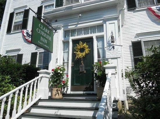 Clark Currier Inn: The front of the inn