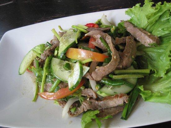 Sabienglae Restaurant: Lovely salads.