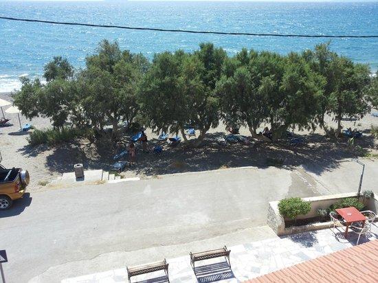 Alexander Beach Hotel: spiaggia