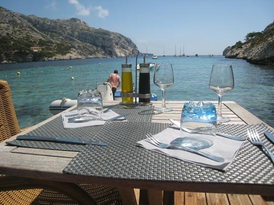 """Le Lunch: Notre table """"sur l'eau"""" !!!"""