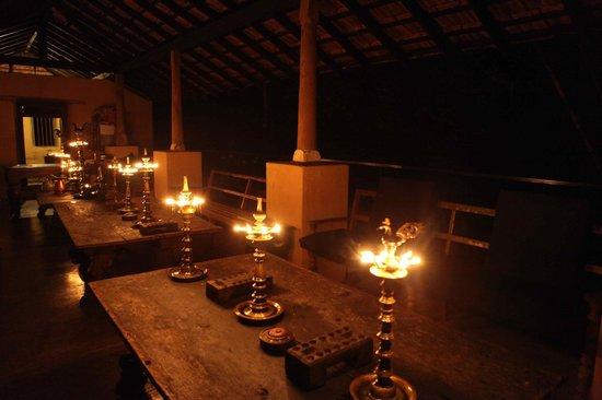Kandy Samadhi Centre : resto le soir