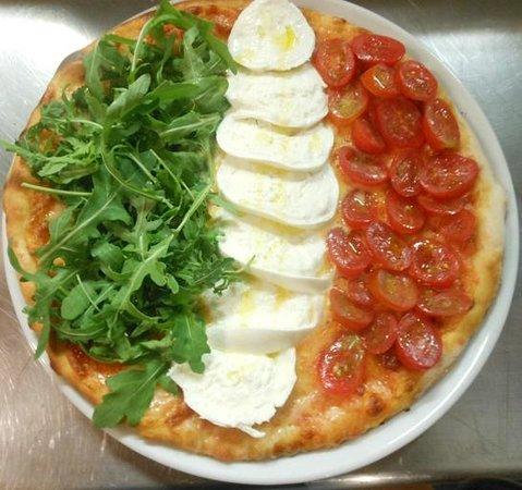 La Bella Italia: pizza BELLA ITALIA