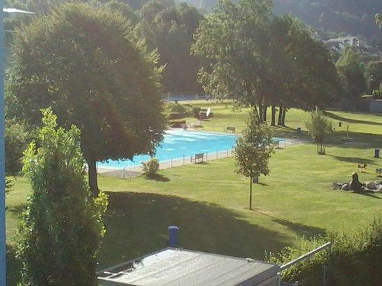 VAL BLU Resort SPA & Sports: Blick auf die Badeanlage