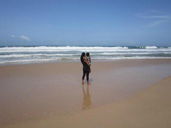Koggala Beach Hotel: Beach