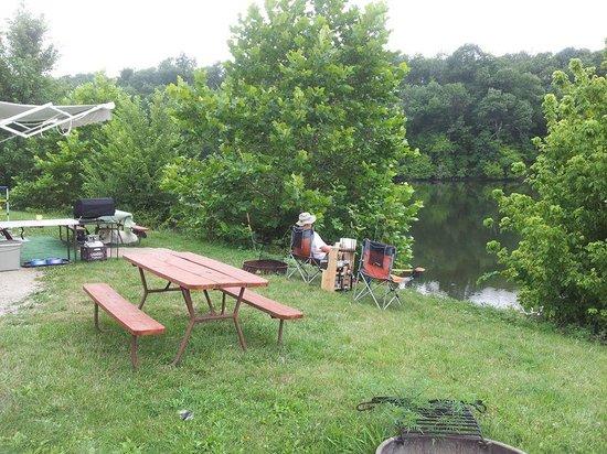 Lake Paradise Camping Resort: My spot every morning