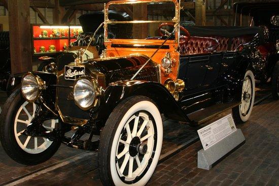 Gilmore Car Museum: 1913 Packard 4-Passenger Touring