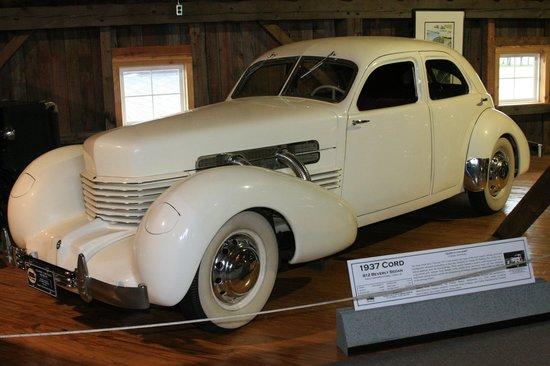 Gilmore Car Museum: 1937 Cord Beverly Sedan
