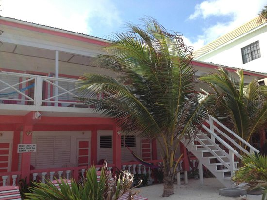 Conch Shell Inn: Front of Hotel