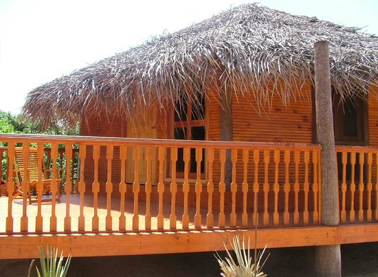 Shell Coast Resort: Luxurious wooden cabana