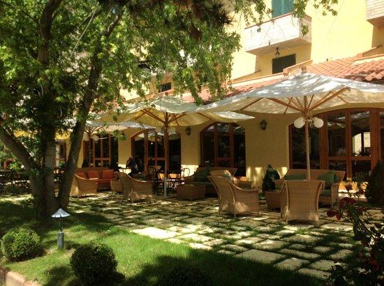 Hotel La Lanterna : La terrasse