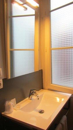 Hotel Parc Mazon : lavabo